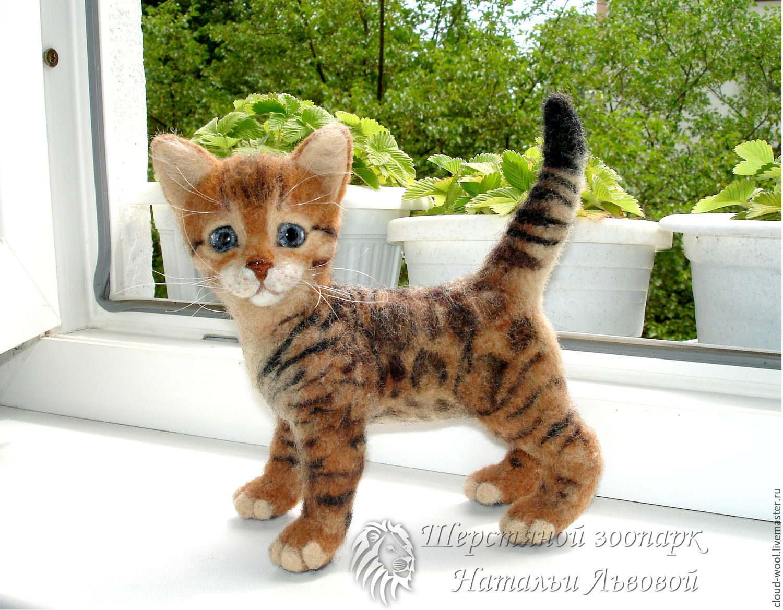 Купить Котёнок Бонифаций, бенгальский кот, котик - валяная игрушка из шерсти - кошка валяная