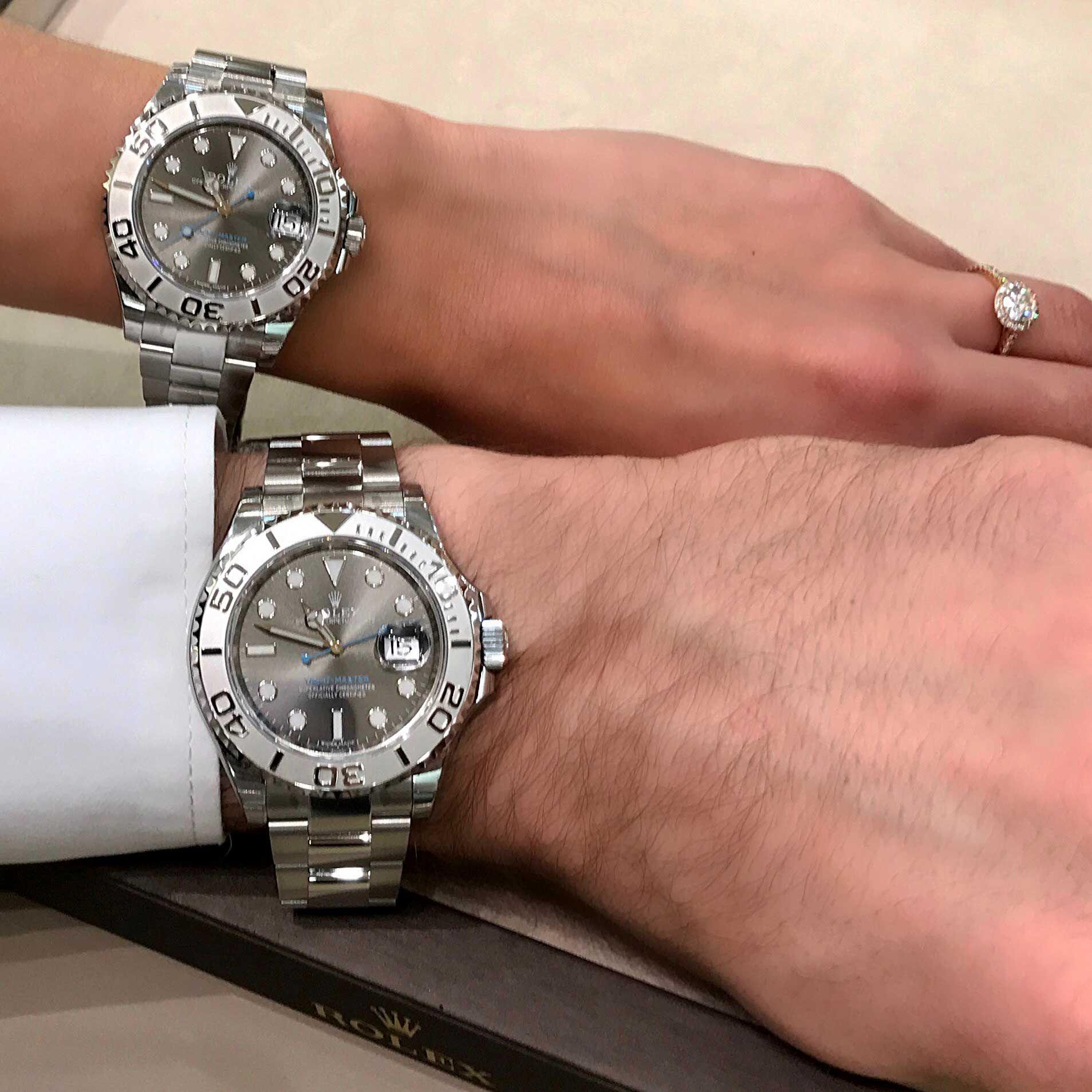8f8e989875 Couple whishlist - Montres Rolex Oyster Perpetual Yacht-Master en 37 et 40  mm. Boîtes et bracelets en acier avec lunettes en platine.