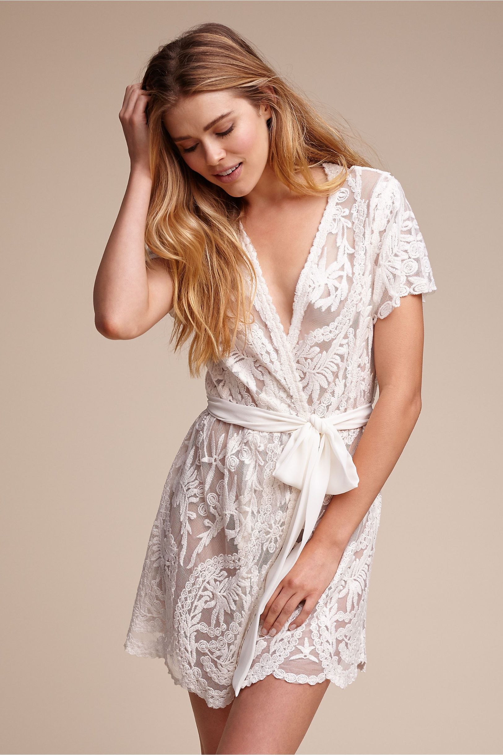 BHLDN Oleya Robe in  Beach & Honeymoon Lingerie | BHLDN #beachhoneymoonclothes