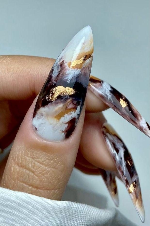 Pin by Carmaris Torres on Nails | Metallic blue nails