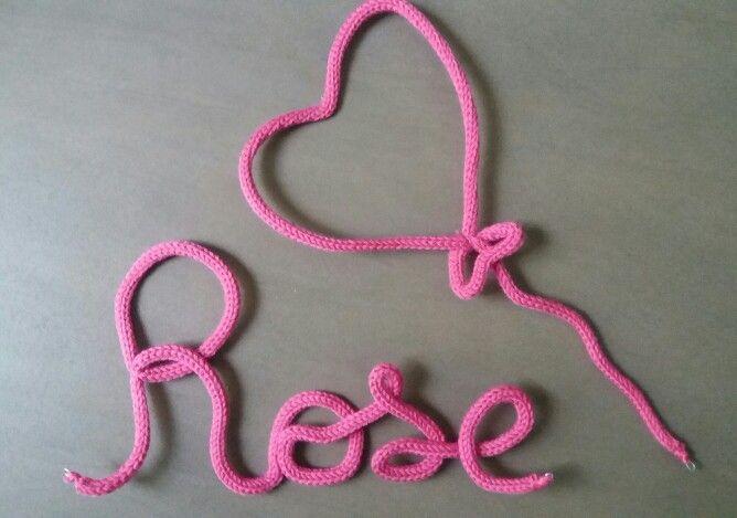 Prénom + ballon coeur rose en tricotin * décoration chambre enfant * Création personnalisée Pom' de Reinette & Cie