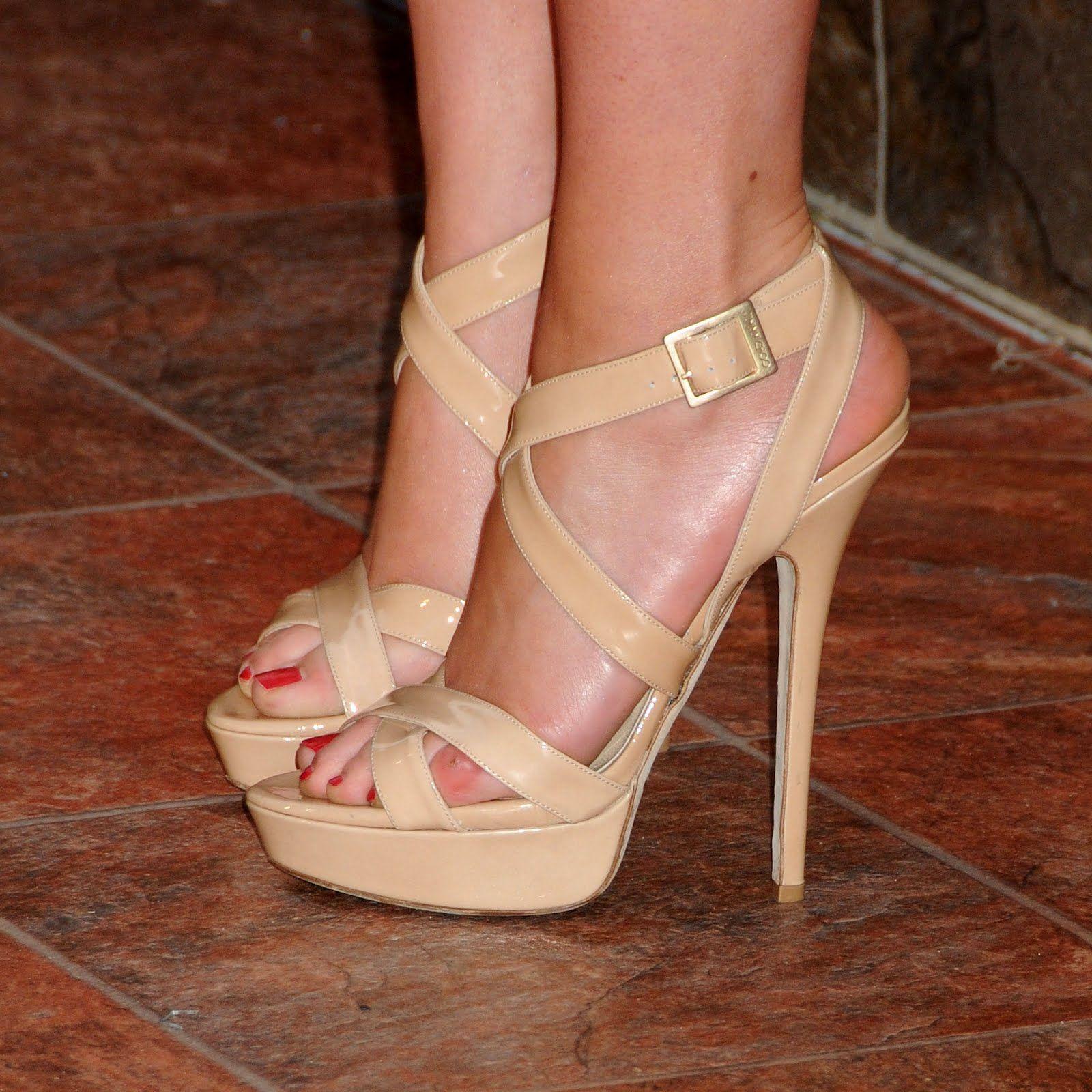 Hochhackige Schuhe · Sucht · Scarlett Johansson Feet | Celebrity Feet  Close-up: Scarlett Johansson Feet