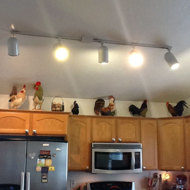 Roosters in my kitchen