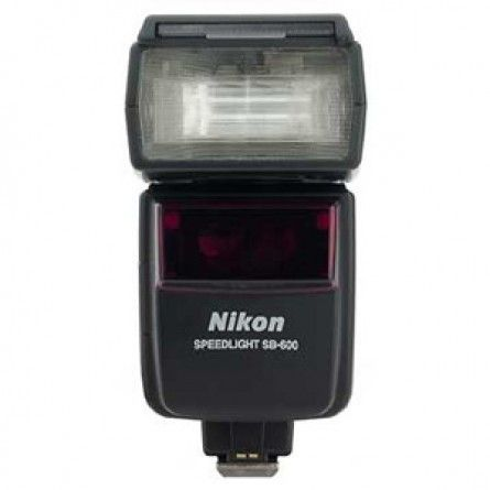 Nikon Sb 600 Speedlight Flash Gn118 Bounce Zoom With Case Diffuser And Mini Stand Excellent Nikon Digital Slr Digital Slr Digital Camera