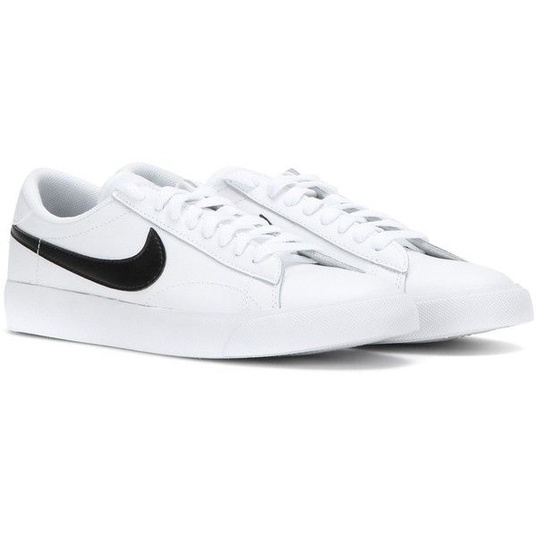 Médula ósea 鍔 interno  Nike Nike Tennis Classic Leather Sneakers | White leather shoes, White  leather sneakers, White tennis shoes