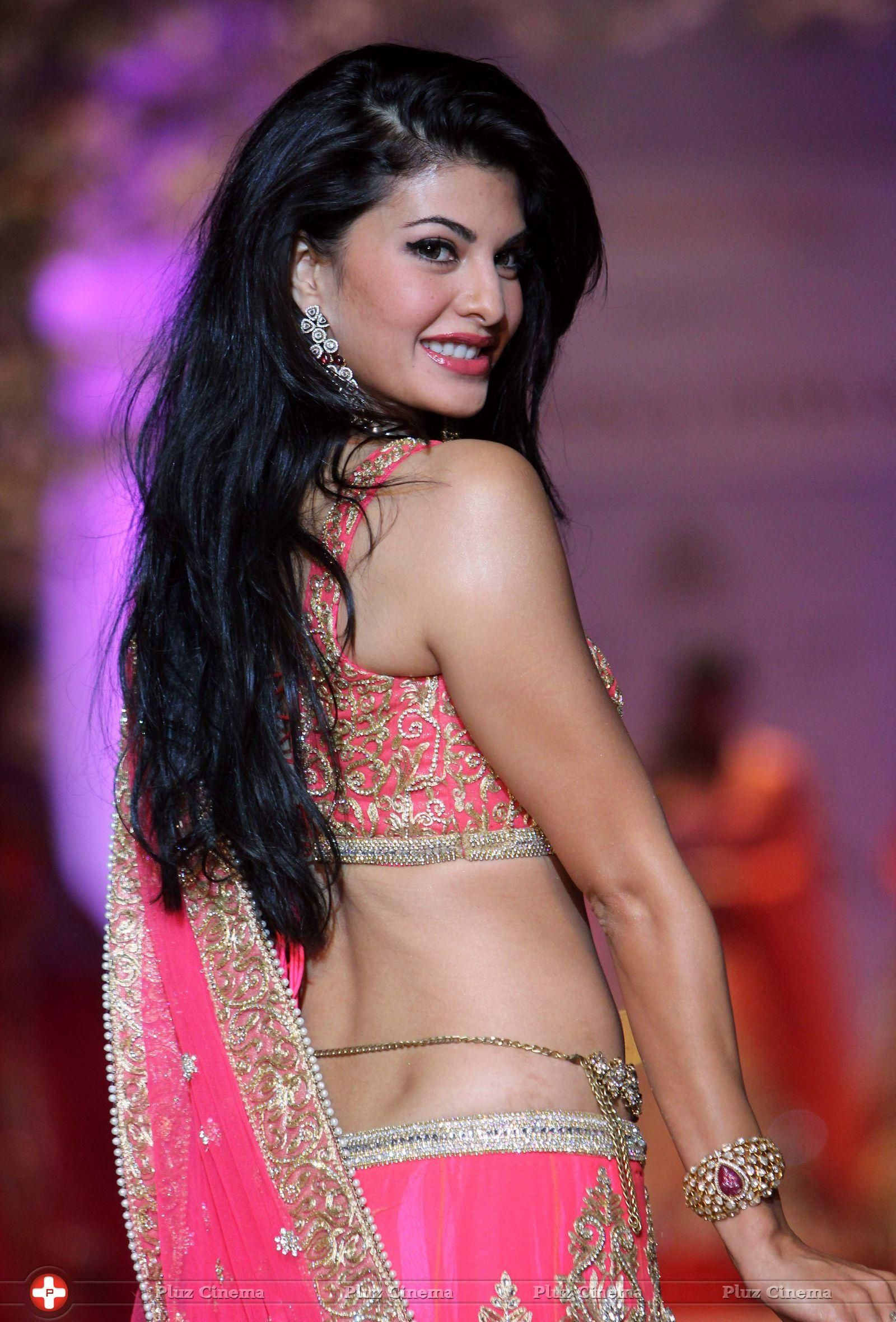 Jacqueline Fernandez Hot Pictures | Unusual Attractions