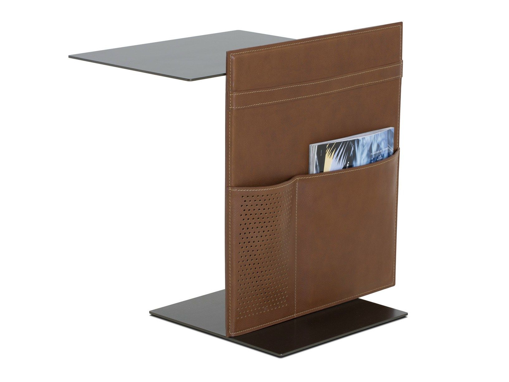 Tavolino metallo ~ Tavolino di servizio in metallo con portariviste note by lema