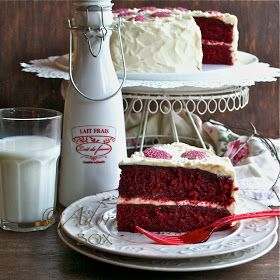 ADORA's Box: THE BEST RED VELVET CAKE
