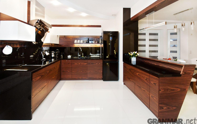 Kuchnia Z Blatem Z Granitu Star Galaxy Braz I Czern Black Bronze Kitchen G Kitchen Interior Design Decor Kitchen Furniture Design Interior Design Kitchen