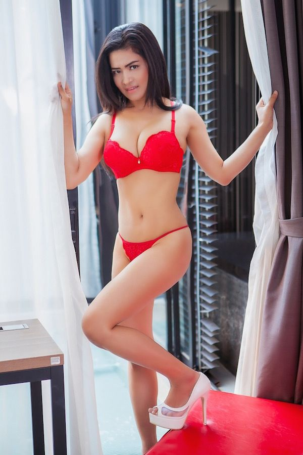 Cheap Asian Escorts Thai Body To Body Massage In Bangkok