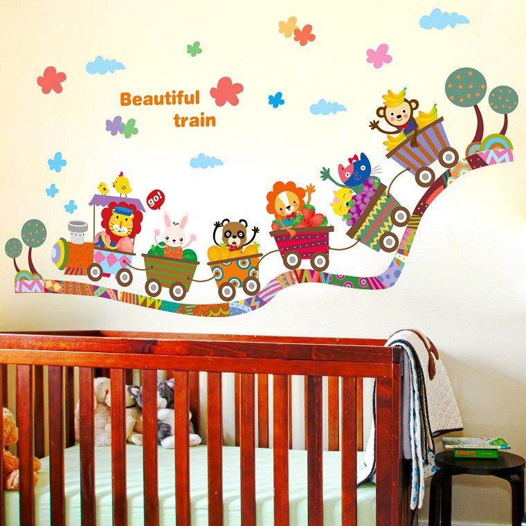 Kinderzimmer, die Kinder und ältere Menschen begeistern