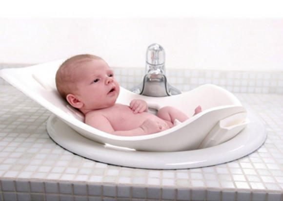 Space Saving Baby Gear Babycenter Baby Tub Baby Bath Tub Baby Bath