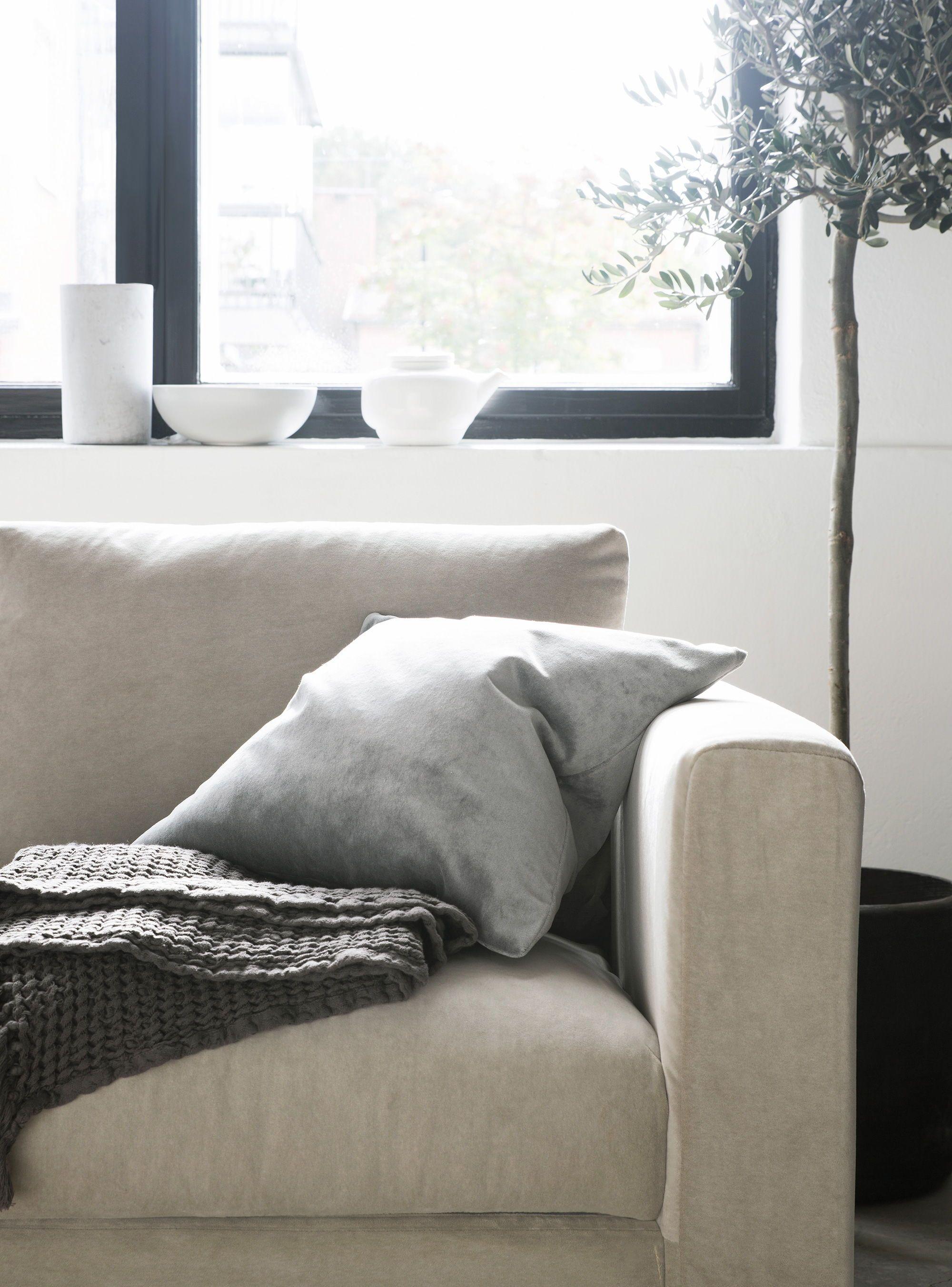Simplistic Neutral Tones Scandinavian Minimalism Velvet Sofa Ikea Vimle 3 Seater Sofa With Bemz Malmen Velvet Slip Inreda Vardagsrum Vardagsrum Inredning