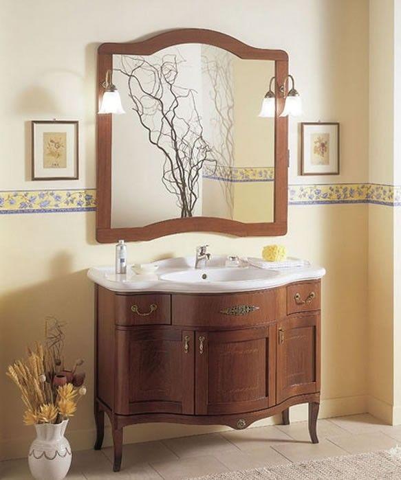 Mobile bagno classico in legno con ante cieche color noce completo di specchiera e appliques - Mobili arredo bagno classici ...