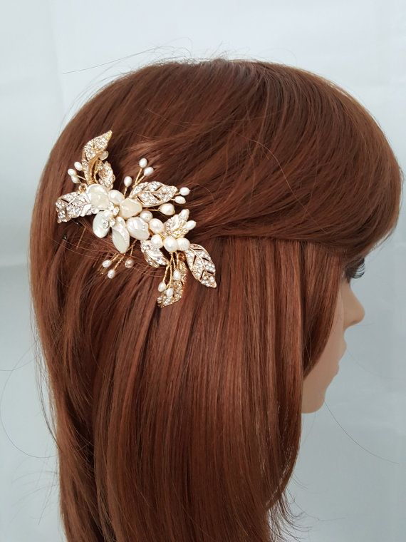 Bridal Hair Comb Fresh Water Pearl Comb Gold Wedding Hair Comb Crystal Leaf Shell Flower Comb