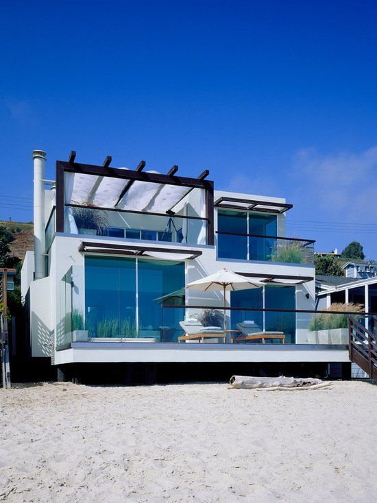 17 Stunning Glass Balcony House Design Ideas Contemporary Beach House Beach House Exterior Small Balcony Design