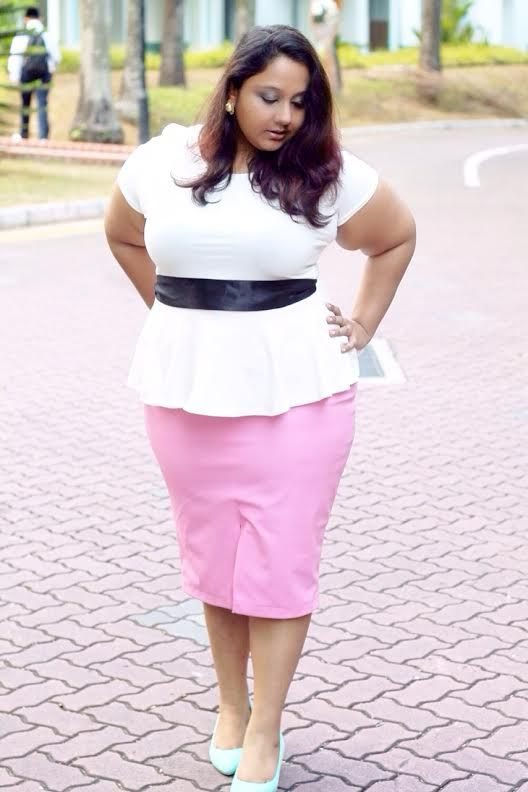 3a35d4b5f12 Plus size blogger spotlight- aarti from Curves Become Her  psblogger   psfashion  tcfstyle  plussizepetite  petite