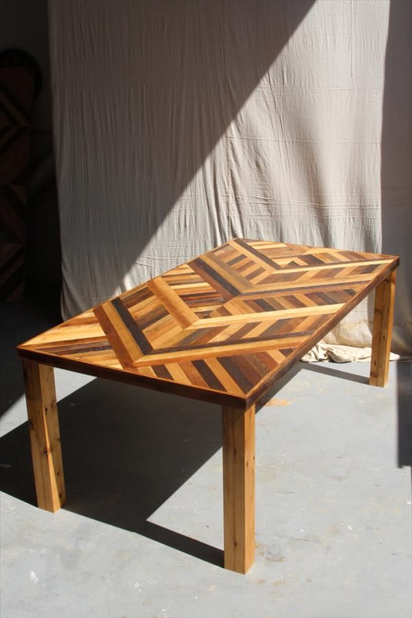 Diy Pallet Chevron Dining Table 101 Pallets Building Wood