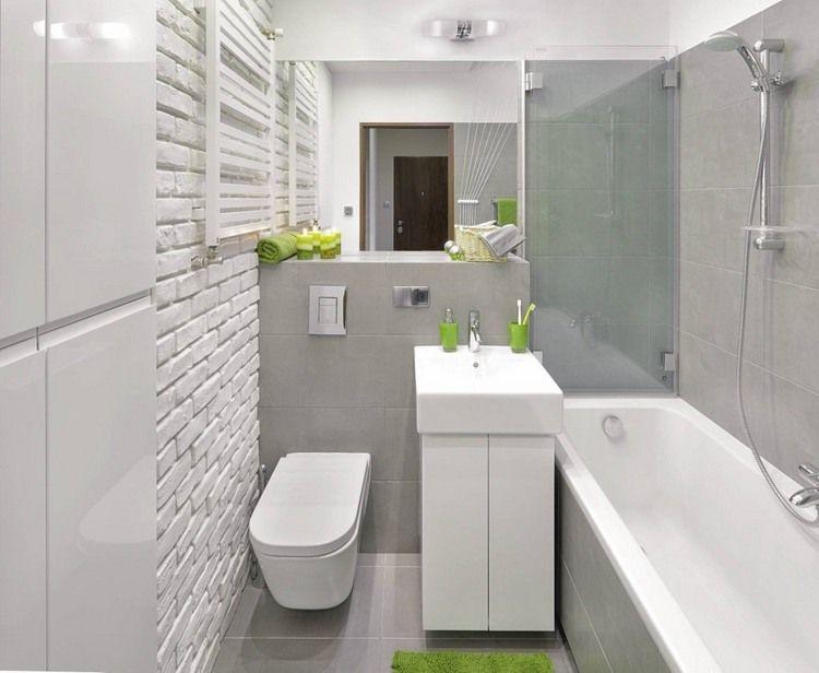 30 X 60 Wandfliesen Und Quadratische Bodenfliesen In Hellgrau In 2020 Badezimmer Design Grosse Fliesen Hausrenovierung