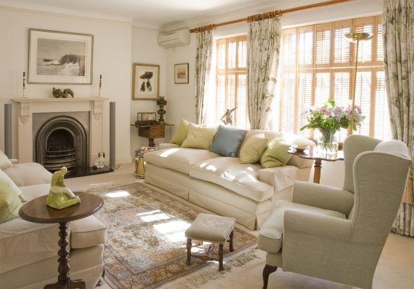 White Elegant Country Living Room