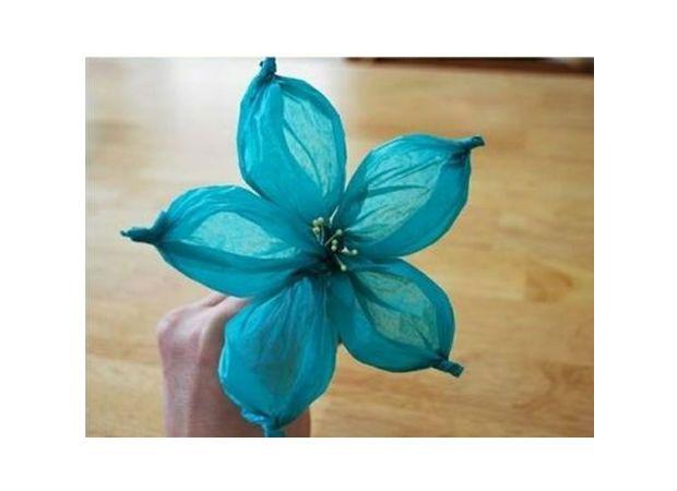 Saiba aqui o passo a passo de como confeccionar uma flor criativa para decoração