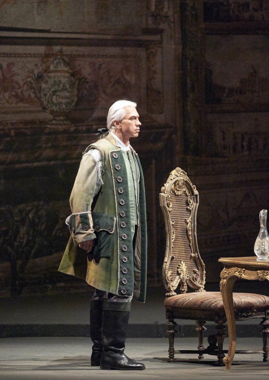 Russian baritone Dmitri Hvorostovsky at the Wiener Staatsoper (Photos: Michael Pöhn)
