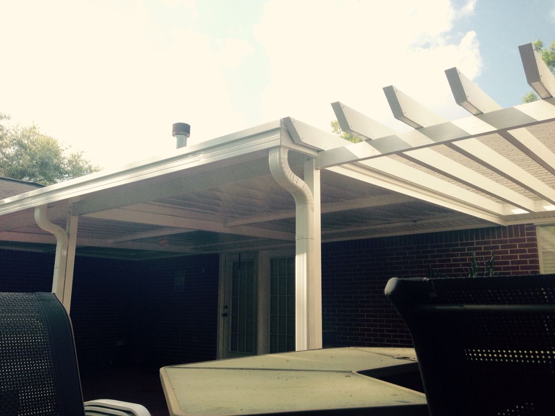 A Lovely 14 X 24 Bright White Aluminum Patio Cover With 3 Posts Flat Mounted Reinforced Fan Beam And Double Ou Pergola Aluminum Patio Covers Patio Design
