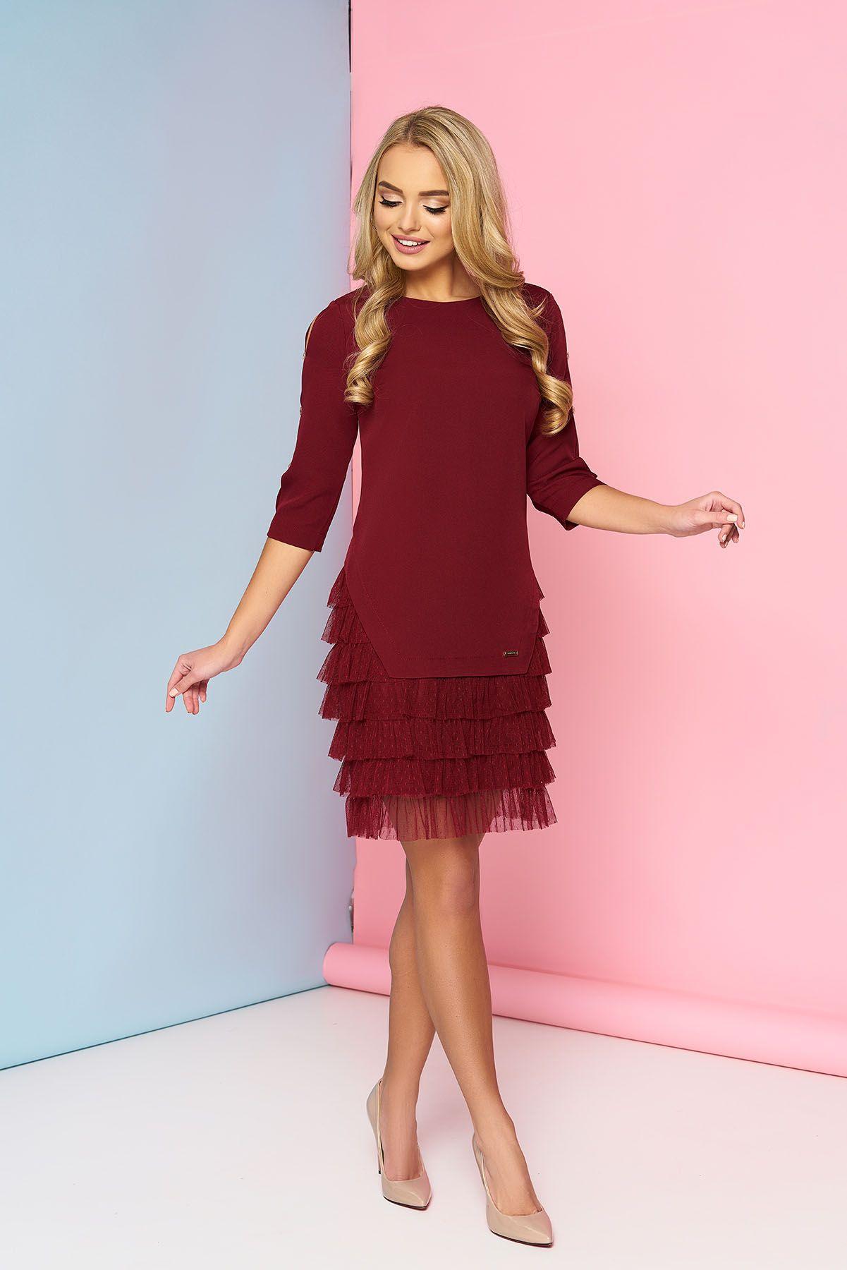 cb4be28ecbfd Восхитительная модель платья