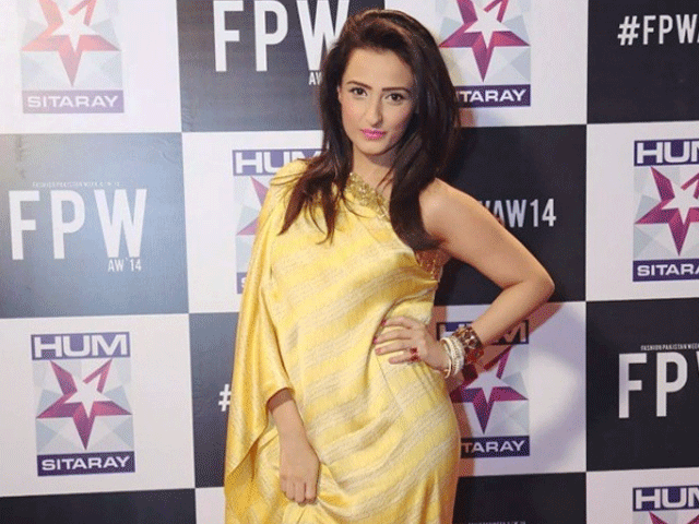 Monitoring desk: Momal Sheikh, who is making her Bollywood debut with Happy Bhag Jayegi claims there is a huge difference in the quality of work between