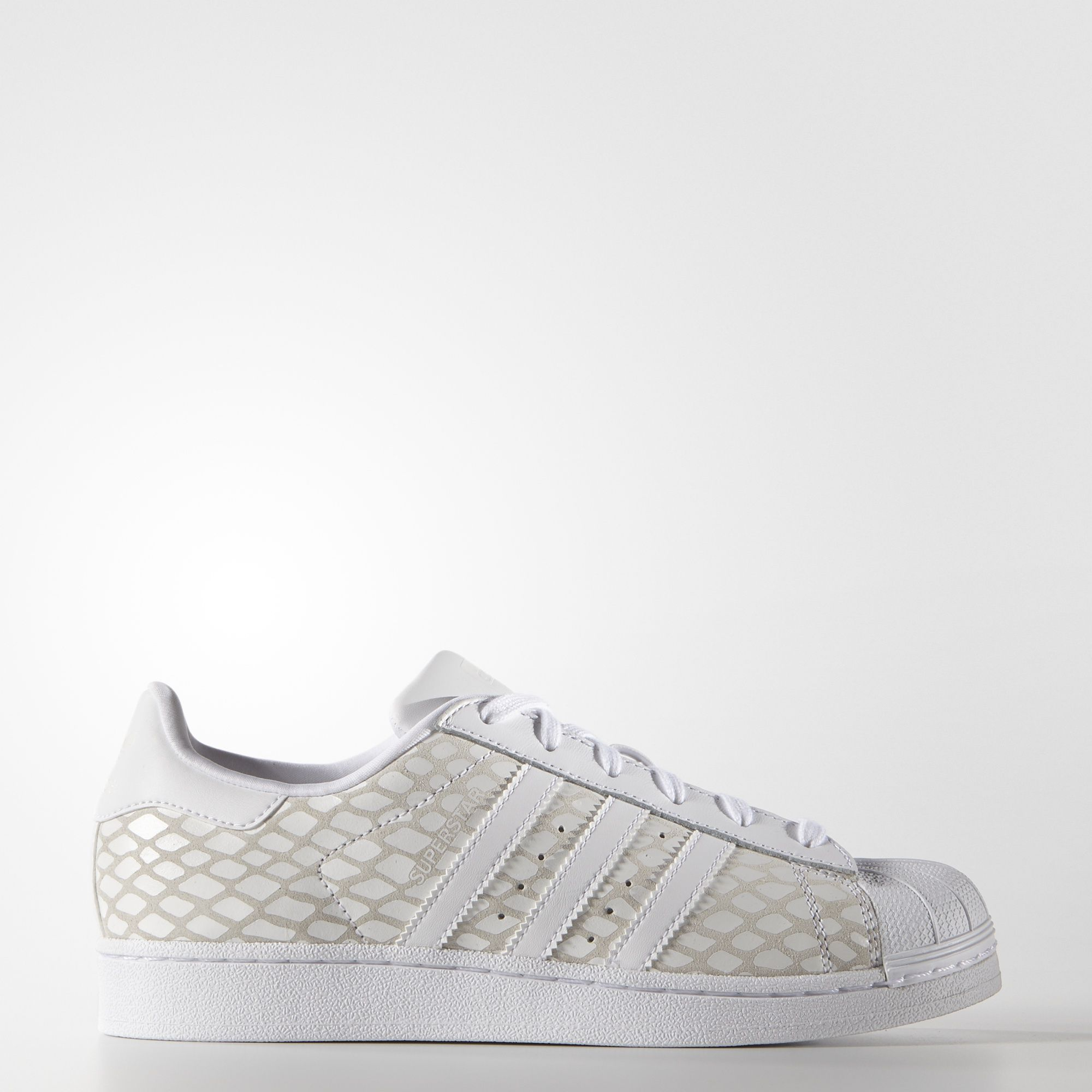 2e77031f2de1d The adidas Superstar shoe stepped onto basketball courts in 1970, earning a  sterling reputation in the NBA before moving to the street.