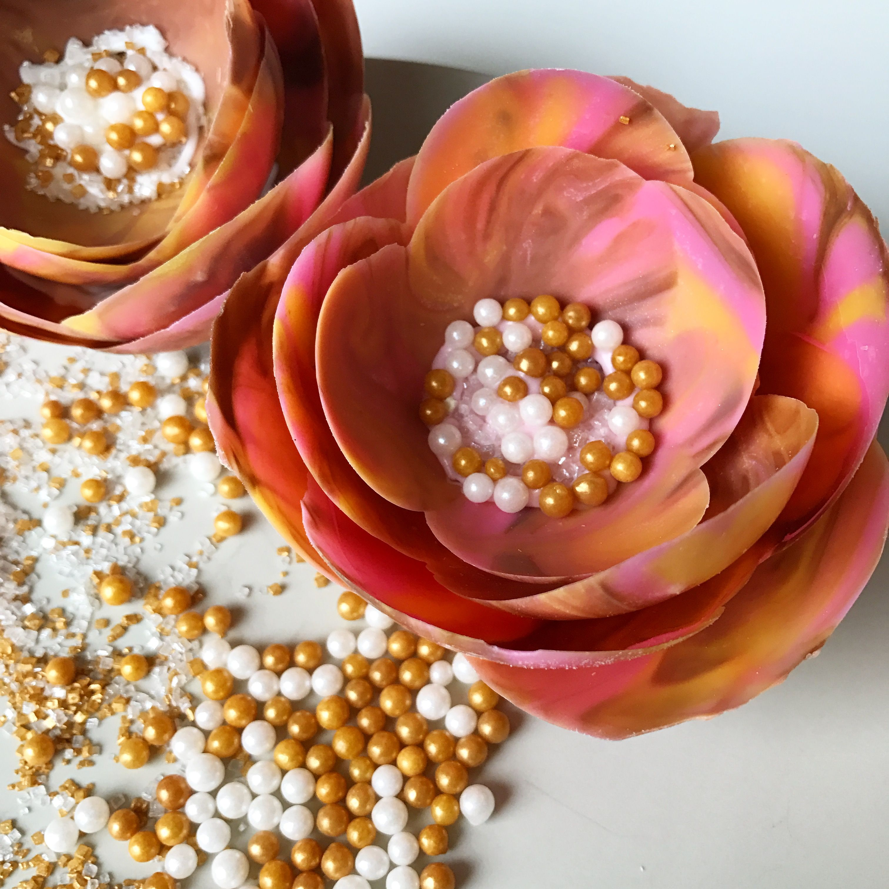 How To Make A Chocolate Flower Using Water Balloons A Modern And