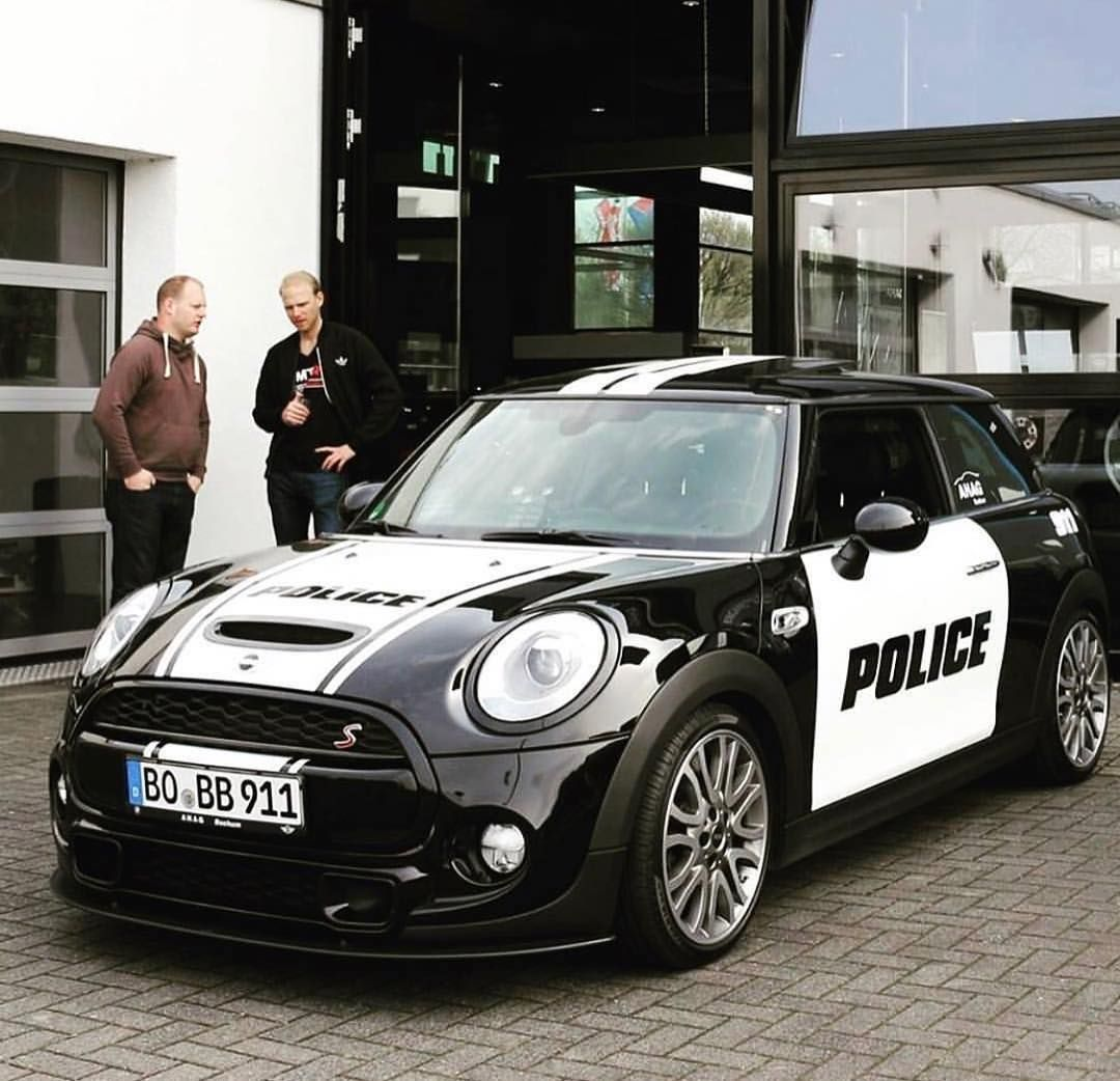 mini cooper s f56 police car watch out guys d mini. Black Bedroom Furniture Sets. Home Design Ideas
