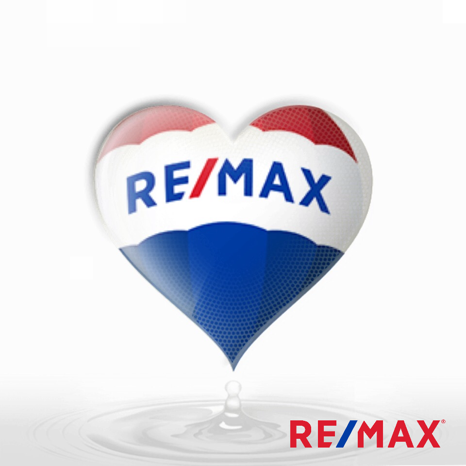 Thisgirlsellshouses Realestate Remax Real Estate Real Estate Slogans Remax