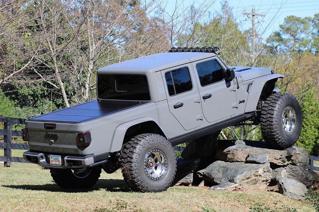 Pin By Raul Ramirez On Jeep Jeep Gladiator Dream Cars Jeep Jeep Pickup