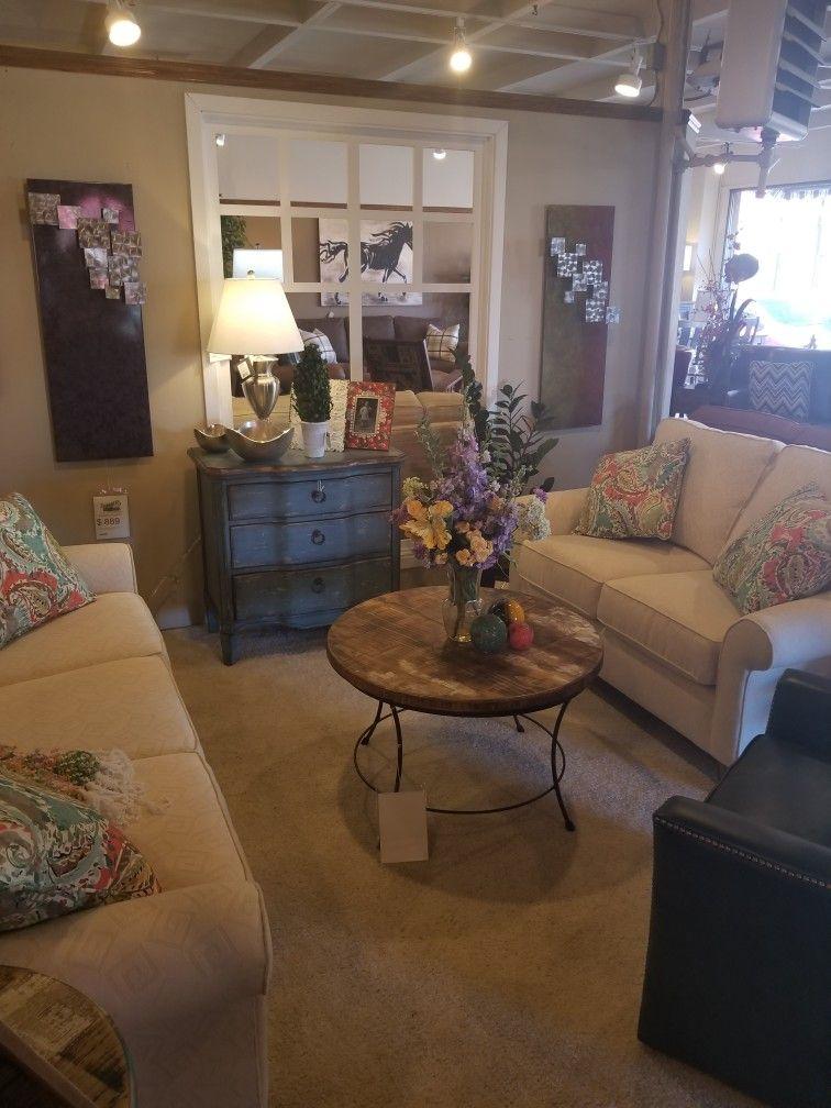 Virtual Design Living Room: Living Room Design, Featuring Flexsteel Sofa And Love Seat