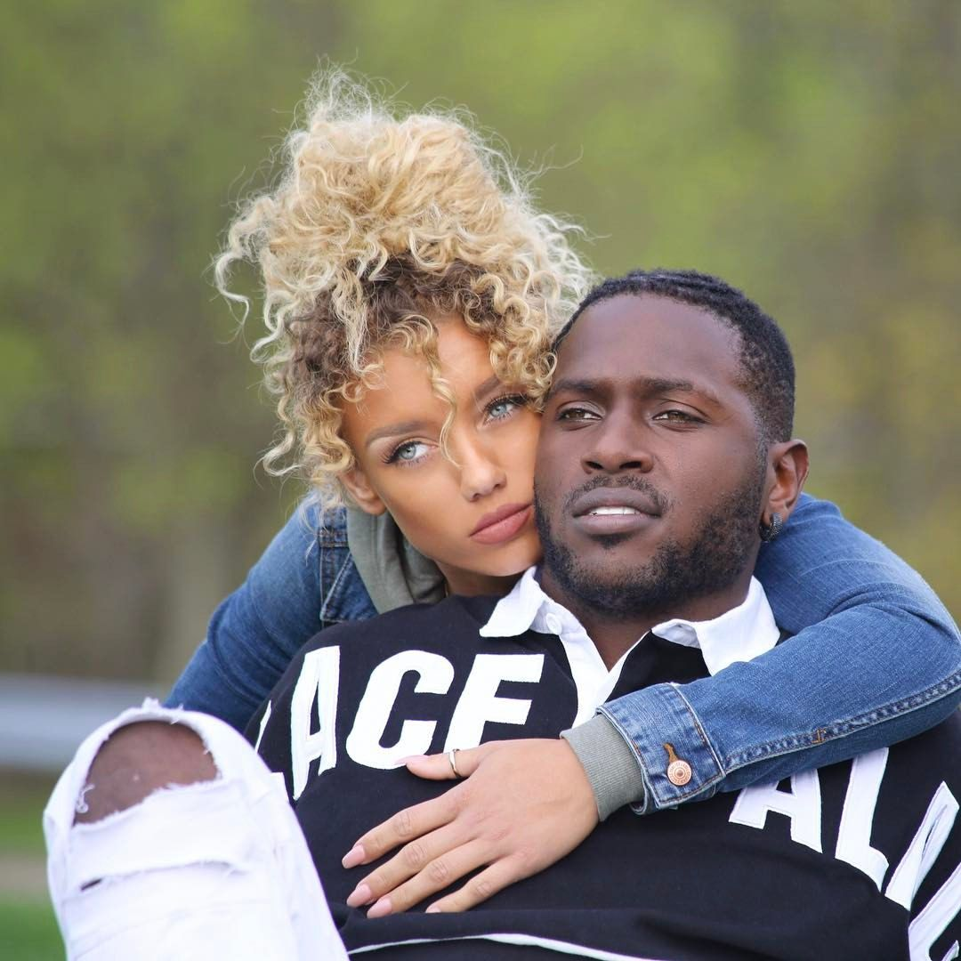 77 3k Likes 1 491 Comments Antonio Brown Ab On Instagram Feds Did A Sweep Wife And Girlfriend Antonio Brown Jena Frumes