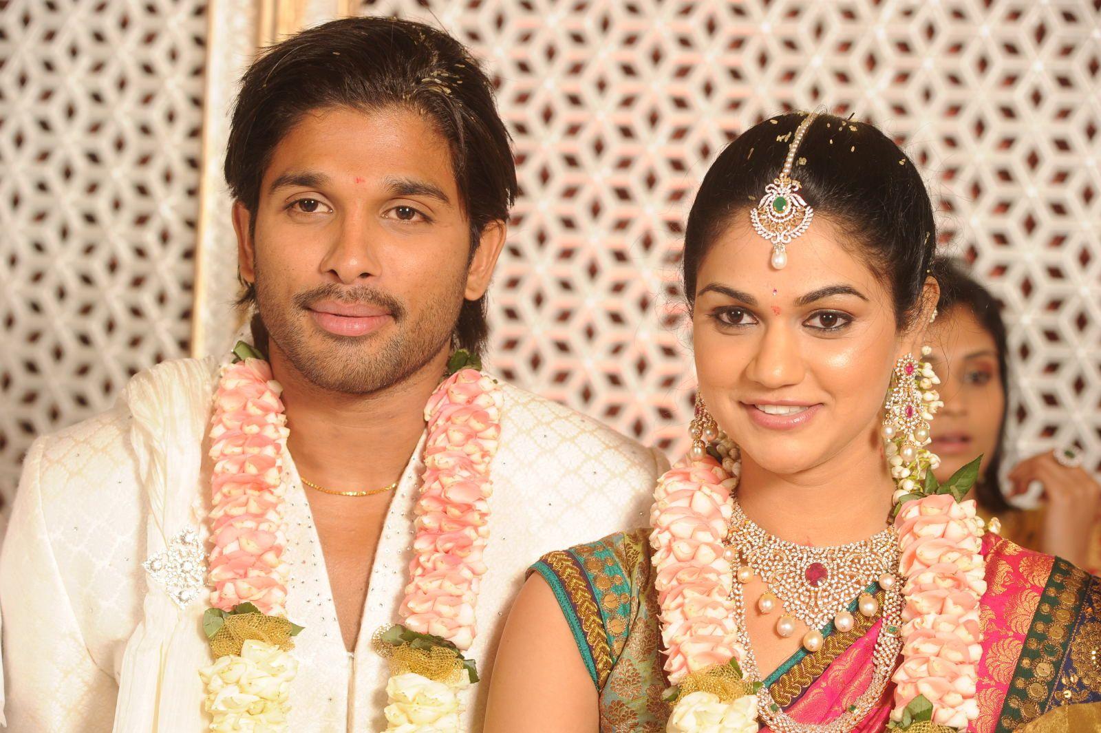 Allu Arjun Wedding Photos Flowers Marriage Reception 11 Jpg Com Ram Charan Sirish Chiranjeevi At Srija Recent