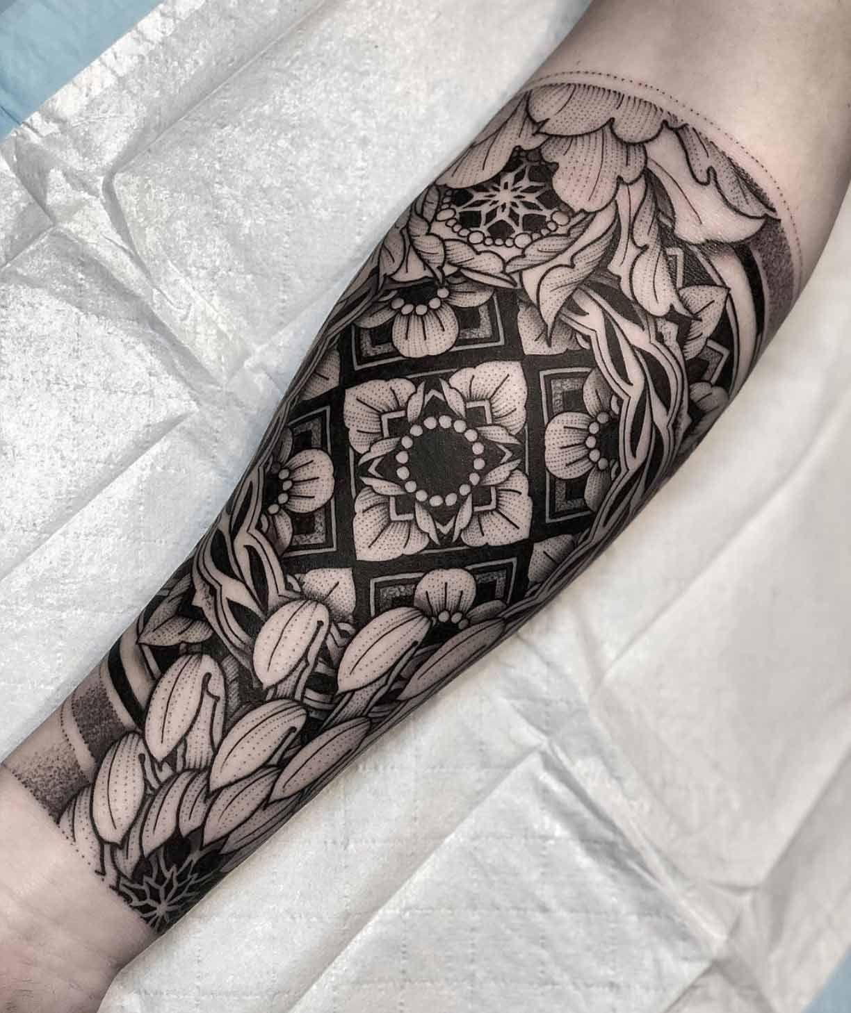 A Captivating Half Sleeve By Jayce Wallingford Half Sleeve Tattoo Half Sleeve Tattoos Designs Half Sleeve Tattoos Color