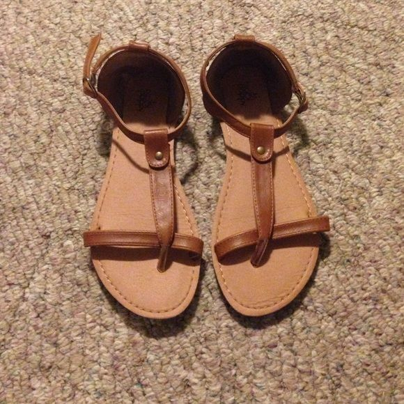 Pacsun sandals Barely worn in very good condition PacSun Shoes Sandals