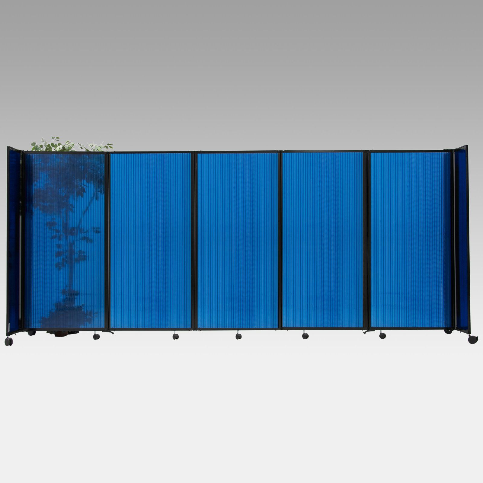 Versare indoor outdoor plastic 360 room divider office for Outdoor privacy partitions