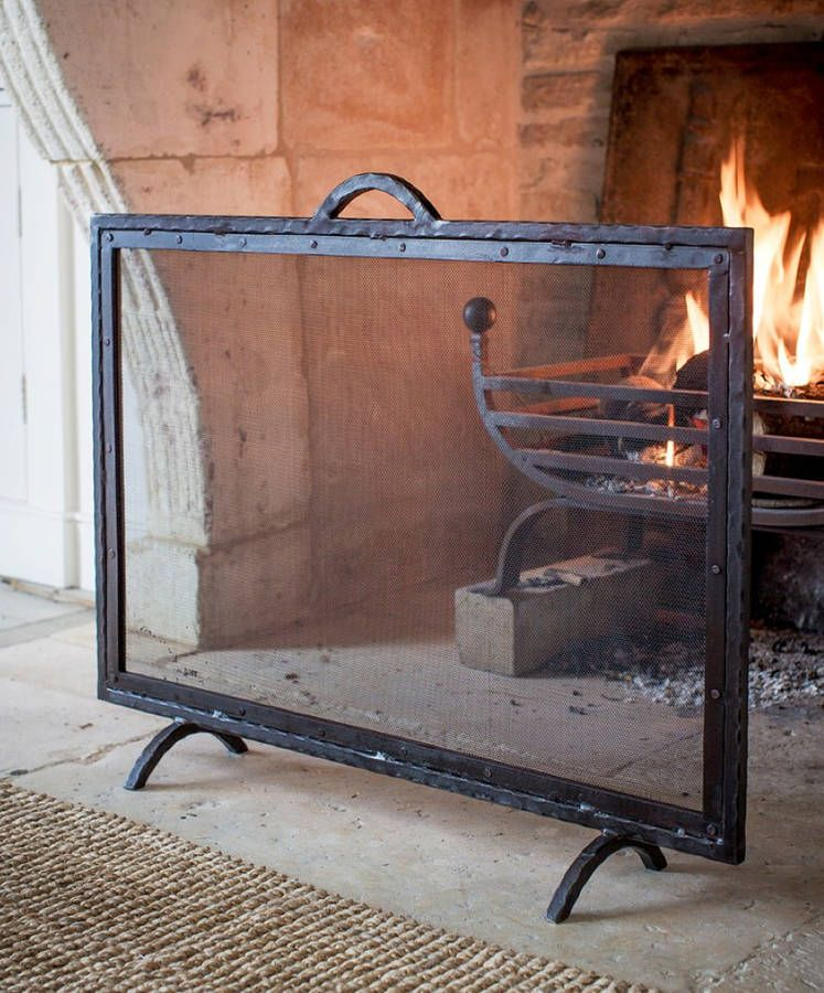 Mesh Fire Screen In 2020 Fireplace Accessories Country Style Living Room Mesh Screen