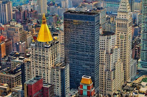 Golden Cone Ny Life Insurance Building Ny Life Building
