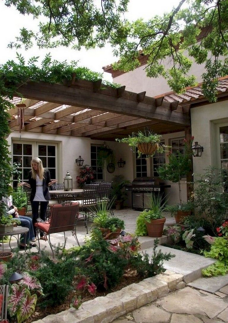 24+ Amazing Creative Shade Ideas in Your Backyard Patio Designs #patiodesign