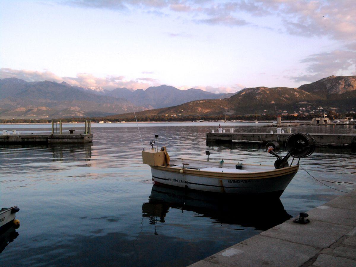 Uns hat an Korsika die Ursprünglichkeit und die absolute beeindruckende Natur gefallen. Auswüchse des Massentourismus, wie an der französischen Mittelmeerküste gibt es hier zum Glück nicht....….mehr unter: http://welt-sehenerleben.de/Archive/481/die-balagne-zu-besuch-in-korsikas-garten/ #Korsika #Balagne #Frankreich #Reisen #Urlaub