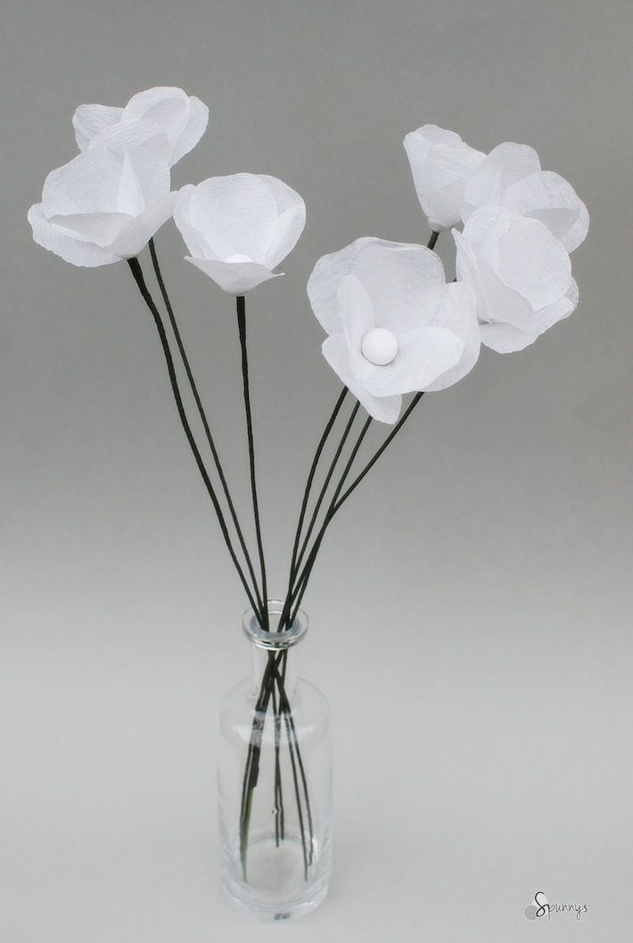 How to make paper flowers crepe streamers poppies pinterest paper flower tutorial crepe streamers white poppies mightylinksfo