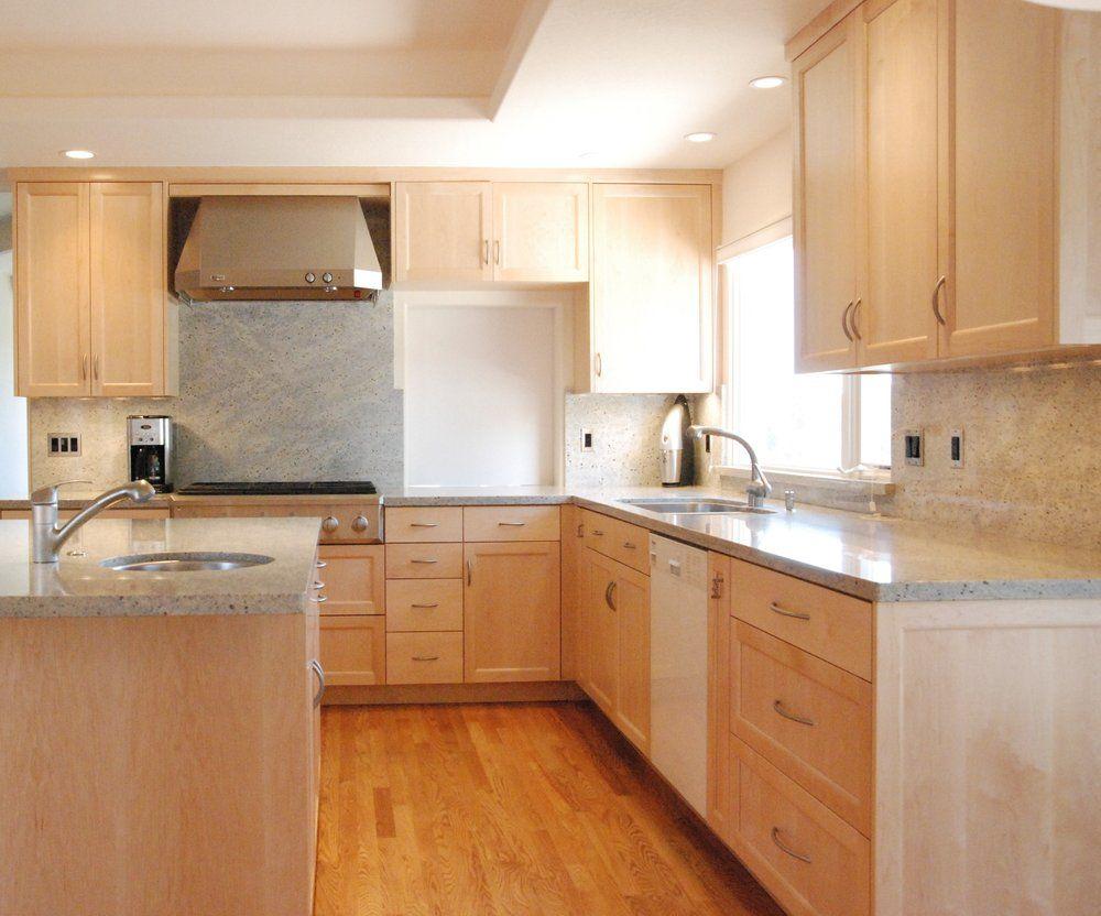 Woodmaster Santa Cruz Ca United States Shaker Doors Maple Cabinets Light Wood Cabinets Light Wood Kitchens Pretty Kitchen