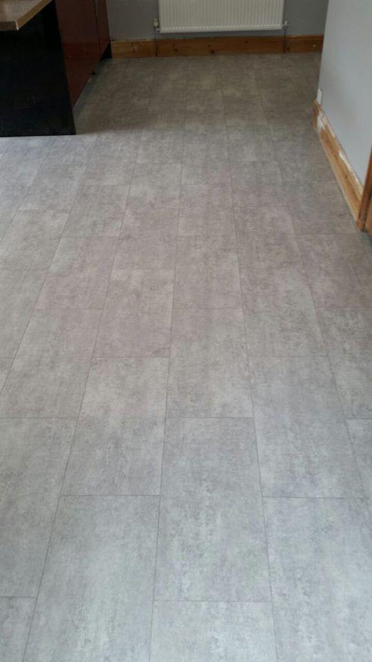 cavalio luxury vinyl tile grey stone effect with grout line