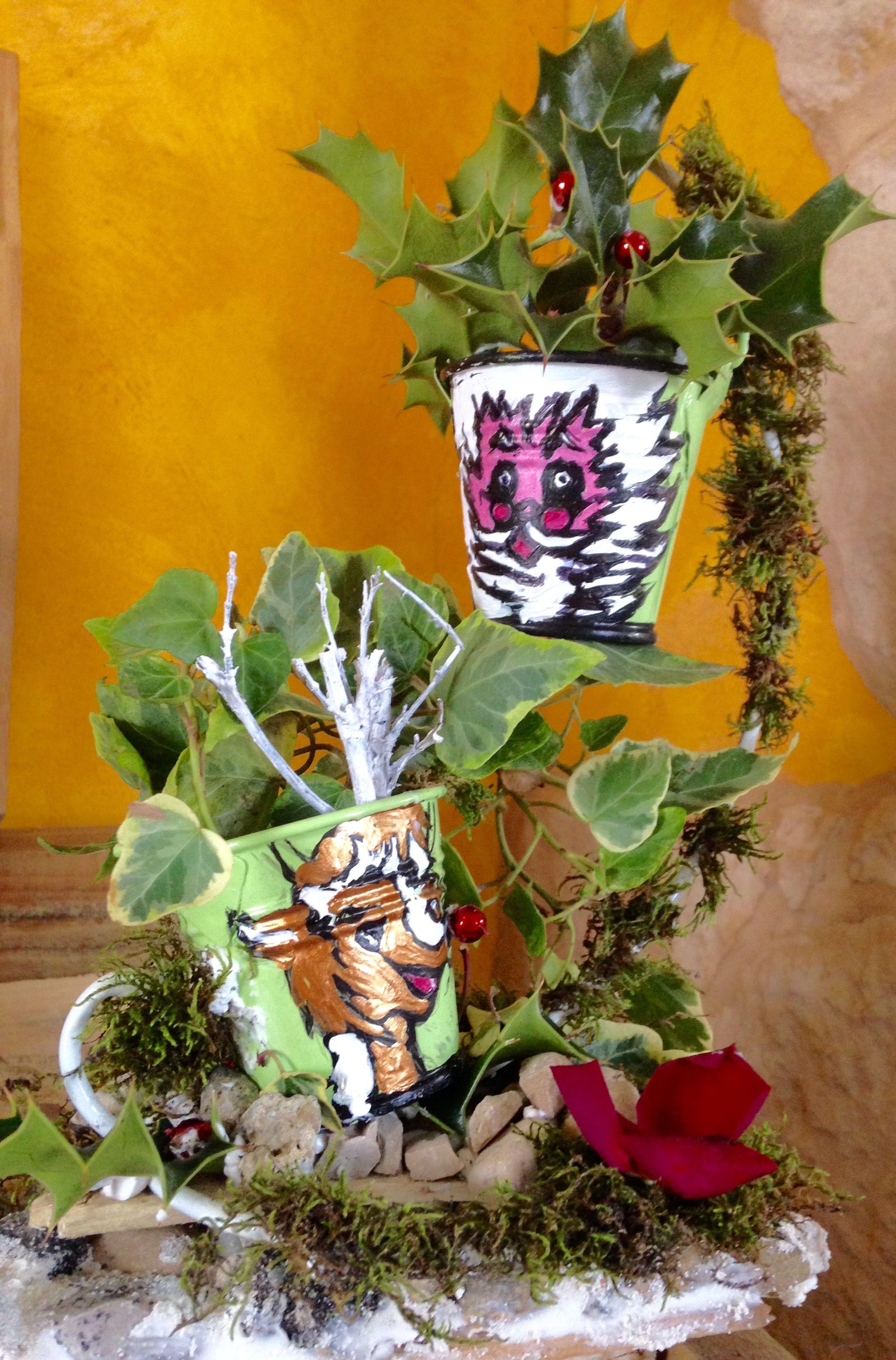 Bouquet De Noel Avec Du Houx krisamateur kris création perso recyclage d'un support en