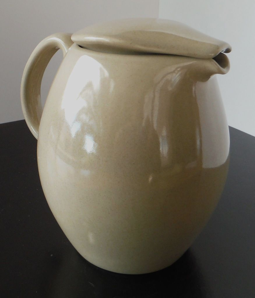Iroquois casual china by russel wright oyster covered pitcher iroquois oysters and china - Russel wright pitcher ...