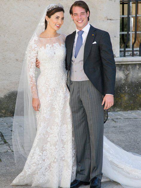 Claire Lademacher strahlte bei ihrer Hochzeit 2013 mit Felix von Luxemburg in einer Haute-Couture-Robe aus Spitze von Elie Saab.
